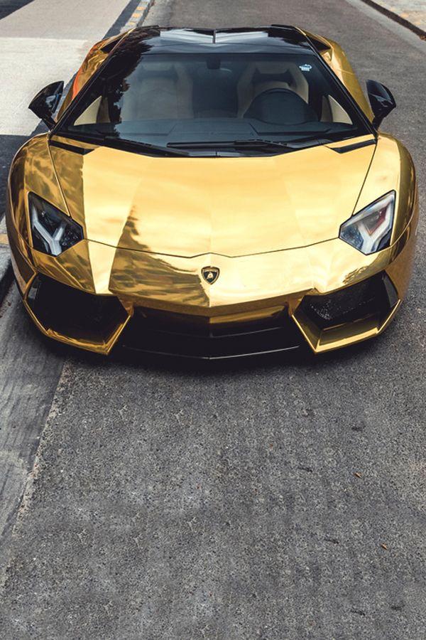 Aventador Gold