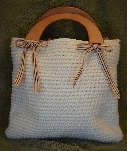 Crocheted Handbag/Tote Bag Pattern.