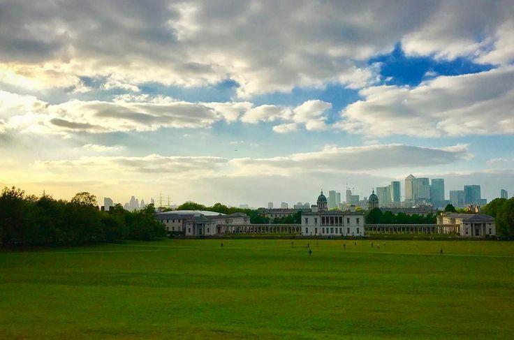 #London #city #running #ilovethiscity • • #cityscape #mycity #greenwich #greenwichpark #sunset #sun #clouds #dusk #grass #sky #bluesky #canarywharf #highrise #londoncity #cityoflondon #explore #fitness #run #getoutthere #runner #park #parkrun #picturesque #landscape #enjoylife #travel http://tipsrazzi.com/ipost/1511250684573225713/?code=BT5Cn2cjZLx