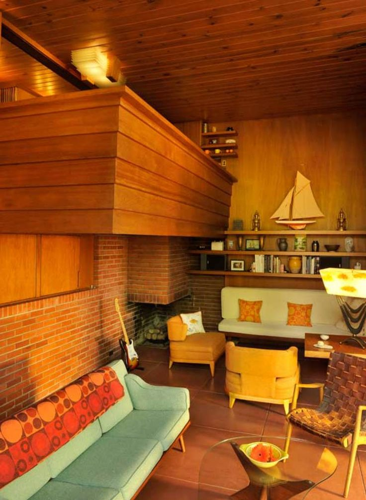 Fully a generation after he rose to prominence with his Prairie School houses, architect Frank Lloyd Wright was at the peak of his success. In 1939, he