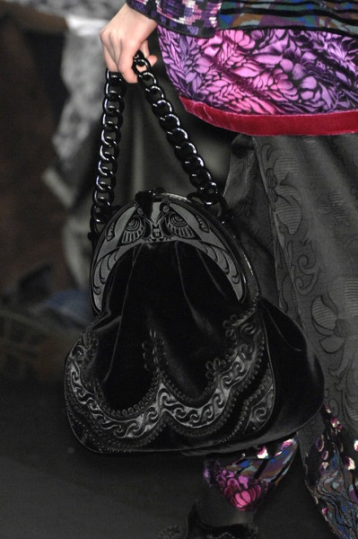 I want that bag! Anna Sui Fall 2008 - Details
