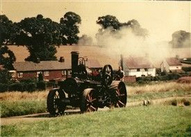 Photo:A traction engine on Common Lane, Kinsbourne Green in the late 1960s when there were regular rallys - see Comment below