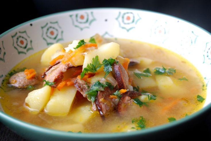 Gospodyni Miejska: Wiejska kartoflanka z kiełbasą