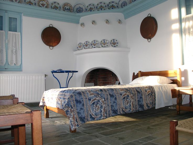 How cute and quaint are the traditional Greek apartments?