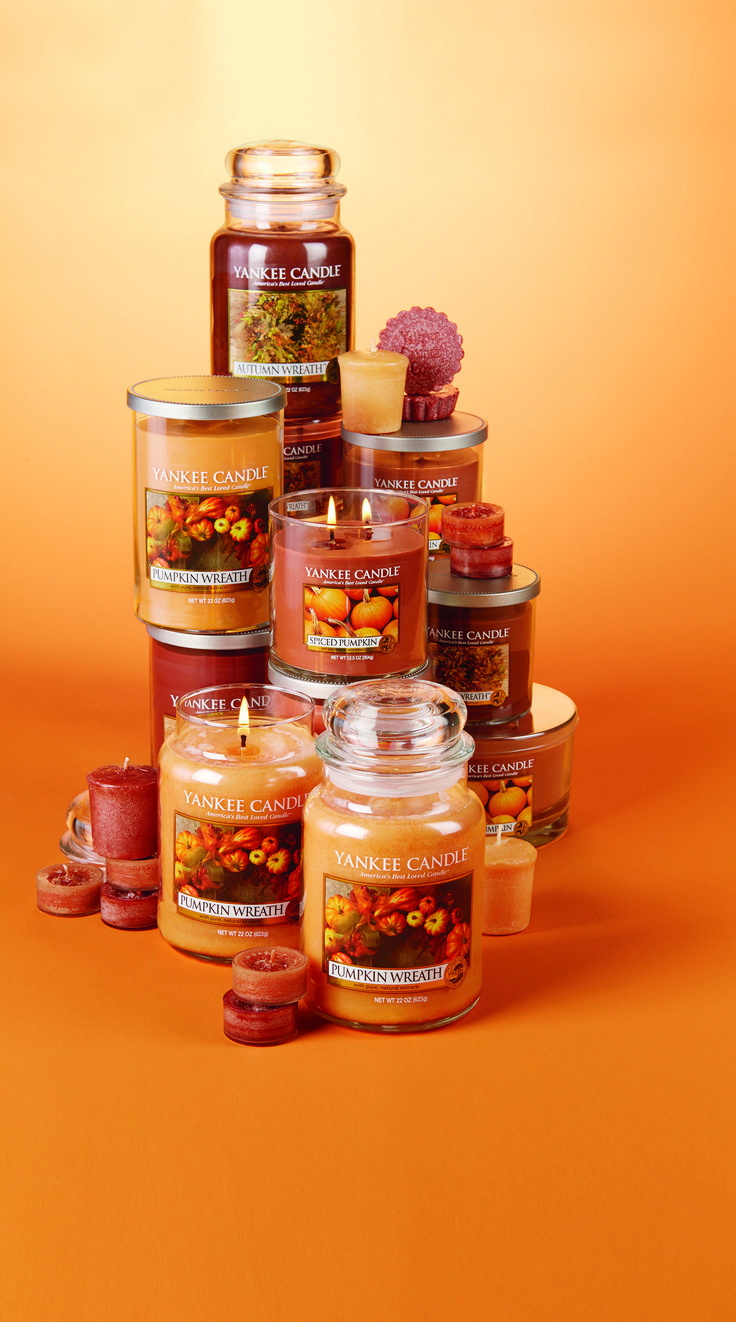Welcome a Harvest filled with warm and inviting Fall fragrances from Yankee Candle.
