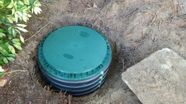 Best 25 septic tank covers ideas on pinterest circle for How big septic tank do i need