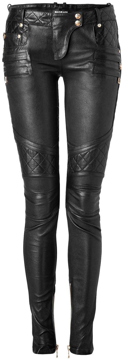 Porque también es importante proteger tus piernas, hay que hacerlo con estilo… Fashion leather articles at 60 % wholesale discount prices #leather #leatherjacket #leatherfashion