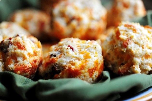 Photo: Bacon Cheddar Biscuits!!! Don't mind if I do. Recipe here: http ...