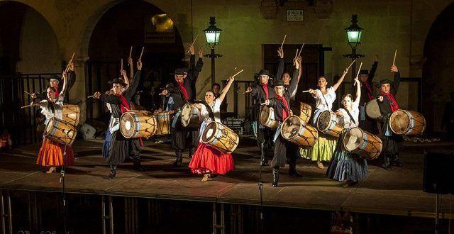 Φολκλόρ Κόστα Ρίκα & Αργεντινη στο Φεστιβάλ Οίτης • MyLamia.com