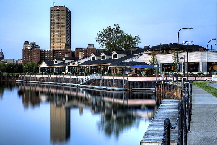 Templeton Landing One Of The Waterfront Restaurants In Buffalo New York Usa Buffalo My