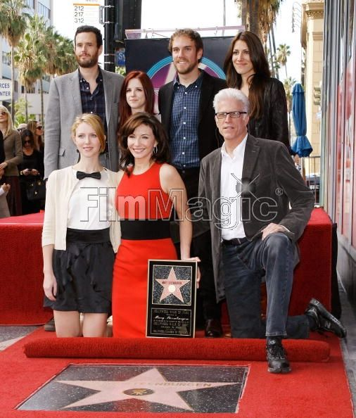 Ted Dansen & Mary Steenburgen & family