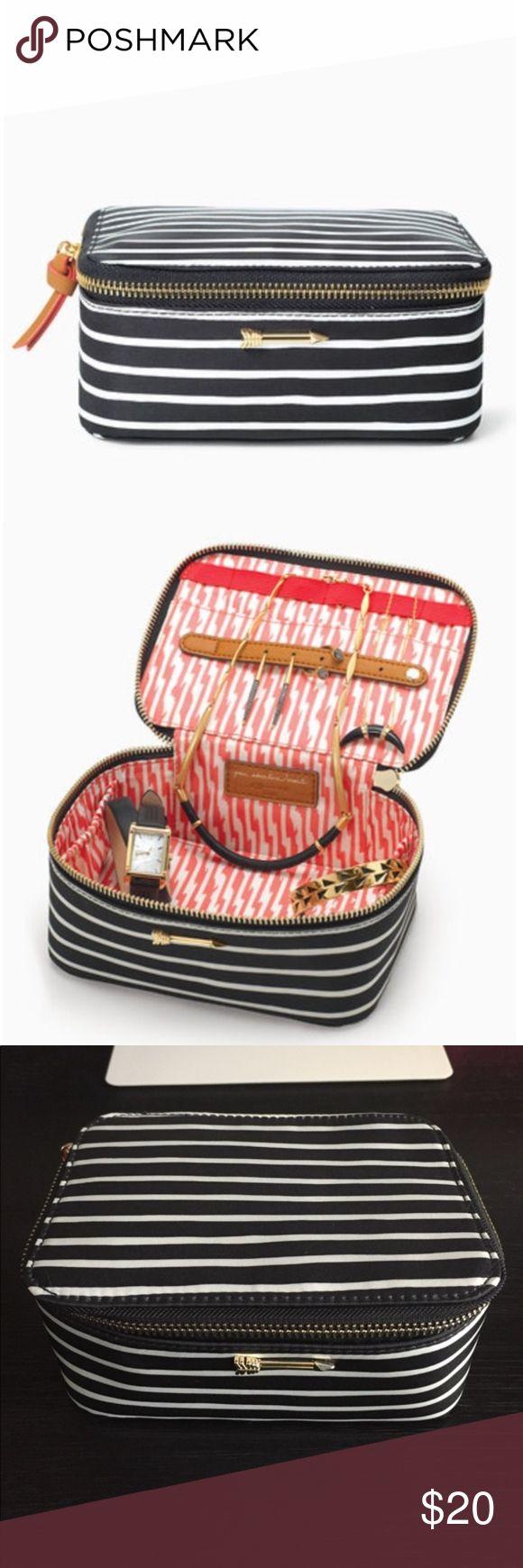 25 ide Travel jewelry box imut di Pinterest Kardus Kemasan
