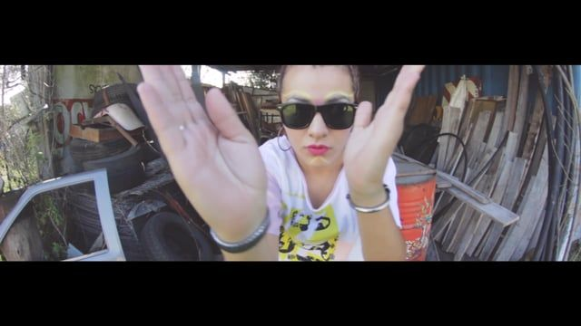 "Fashionfilm de Costura Lateral ""ACA ESTAMOS"" 2017. Protagonizado por Jenn Echeverria - Kaaren Moro - Romi Dortona - Cintia Irina- Vera Diaz y Natha Alzogaray.  Video y Edicion : Sole Osh para Tsunami estudio  https://www.facebook.com/estudiotsunami/  https://www.facebook.com/costuralateral/"