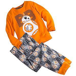 Get your little droid to power down in bed with our BB-8 pajama set for kids featuring an embroidered droid appliqué. Designed with comfort in mind, these pajamas will be wanted throughout the galaxy.