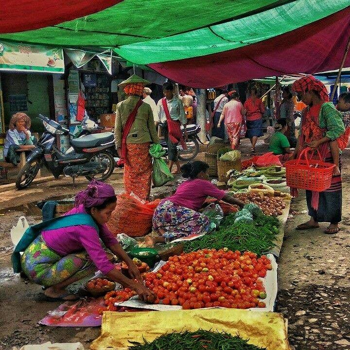 Nan Pan market in Nyaung Shwe Township. Love it! #Myanmar #NanPan #MyanmarMarket