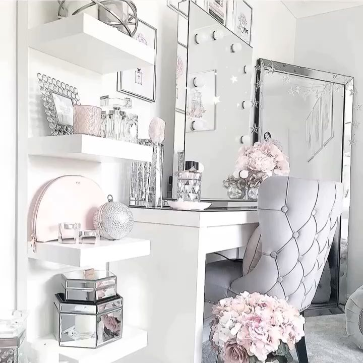Dressing room goals from @no40_home_renovation featuring our Diaz Hollywood Mirror.🤩 | Makeup Mirror with Lights | Dressing Table Mirror with Lights | Vanity Mirror with Lights | Illuminated Makeup Mirror | Light Up Makeup Mirror | Hollywood Mirrors #hollywood #hollywoodmirror #hollywoodmirrors #dressingtable #dressingroom #vanitygoals #vanitymirror #mua #makeup #makeuptips #makeupartist #makeupmirror #beauty #beautytip #beautyblogger #mirror #hollywoodmirrorsofficial