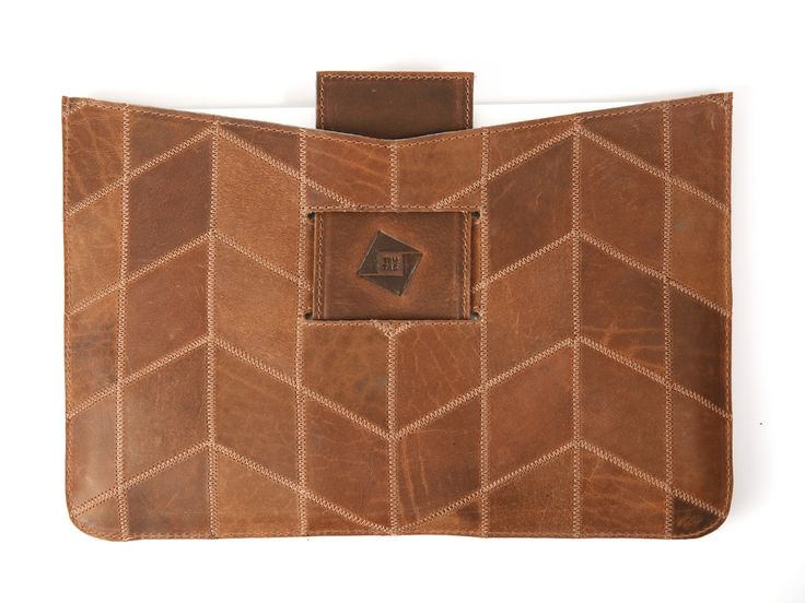 Beautiful upcycled laptop sleeve by Trmtab