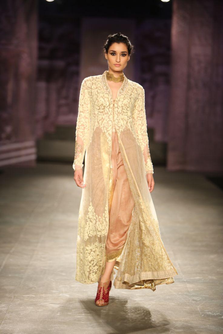 #ICW #ICW2014 #Logixgroup #fdci #AnjuModi #subtle #elegant #detailtherapy #weheartit #vintageromance #royal #bridal #designercouture