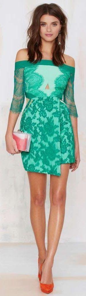 Chic green dress, heels, clutch