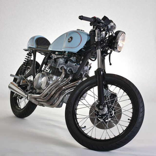 Honda CB400 Cafe Racer ~ Return of the Cafe Racers