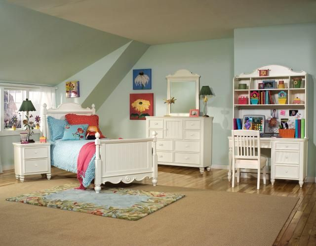 Summer Breeze 4pc Kids Bedroom Set w Full Scroll Top Poster Bed. 222 best Legacy Furniture Collections images on Pinterest