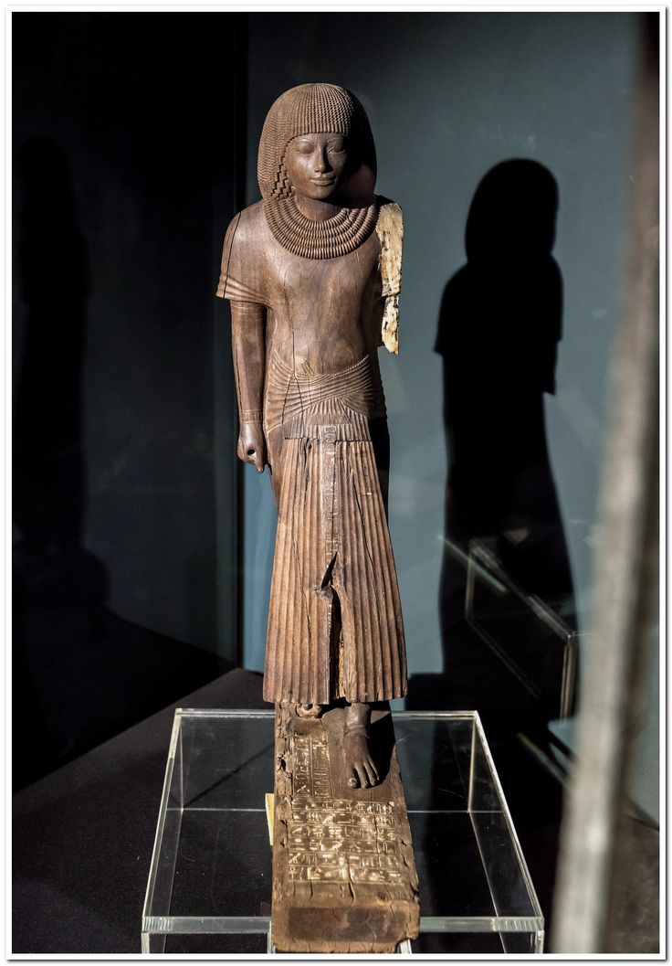 comparing the statue of the royal scribe The lion was a royal symbol as well as being connected with the sun as a symbol of the horizon the fusion of this powerful animal with the head of the pharaoh was an icon that survived and was often used throughout egyptian history.