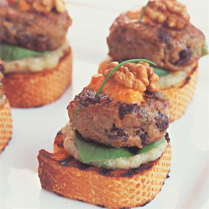 Lamb burgers with aubergine puree and red pepper mayo