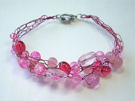 Easy to follow tutorial - Wire crochet gives this bracelet a light, lacy appearance.