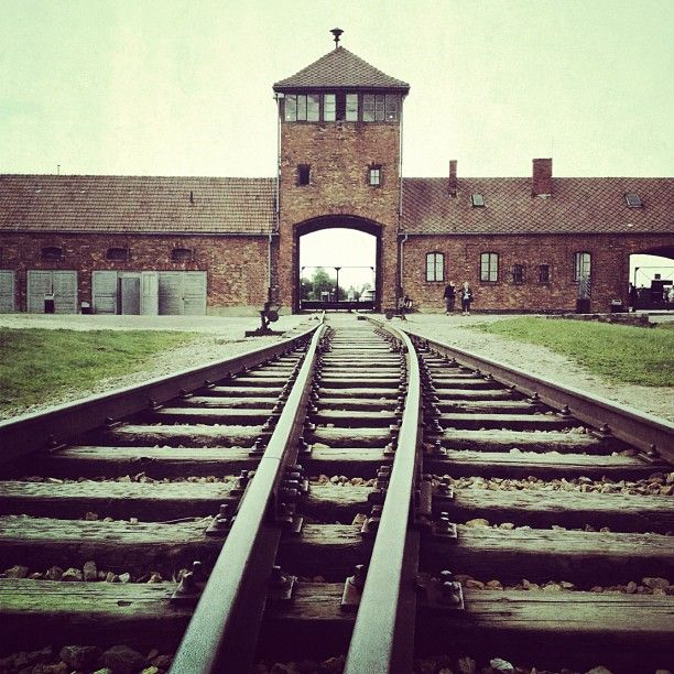 Where Was The Auschwitz Camp Located: 79 Best Images About Holocaust On Pinterest