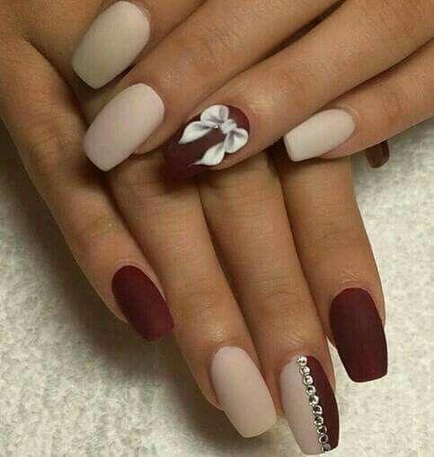 Gift nails