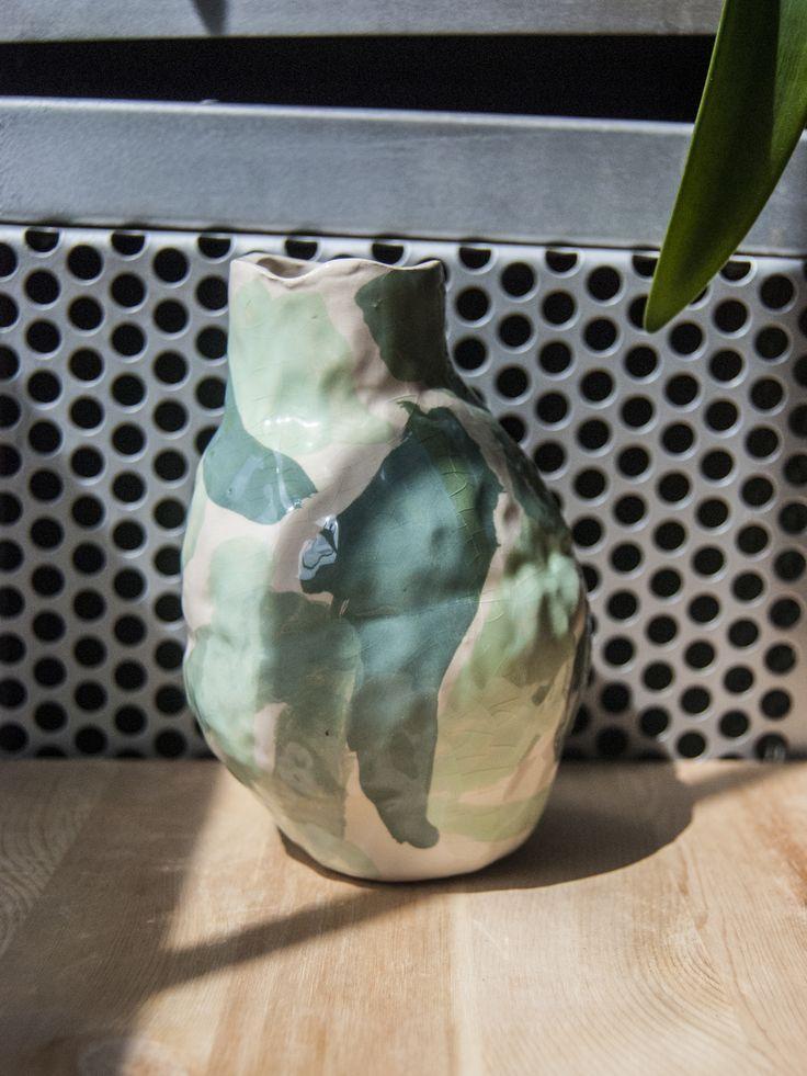 rebu ceramics  #rebuceramics #ceramics #ceramic #keramik #pottery #vase #ceramicvase #handbuiltceramics #engobe #handpainted #diy #ceramicdesign