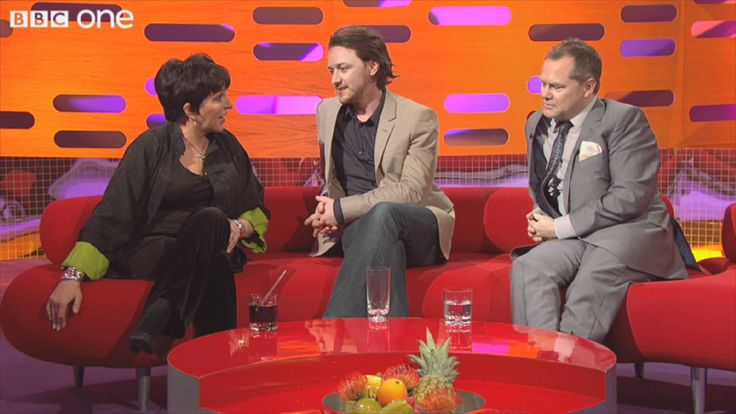 When Elvis showed Liza his karate moves - The Graham Norton Show - Serie...