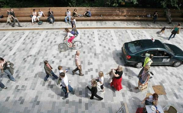 Shared Space Project: New Road, Brighton, UK Design: Gehl Architects Completed: July 2007