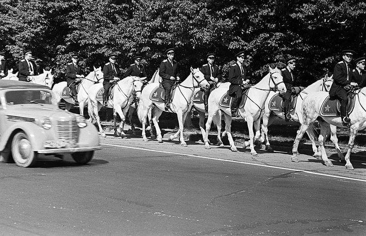1962 год. Конная милиция