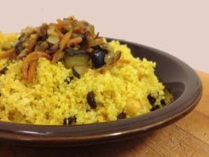 Cuscús con verduras y curry