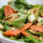 Izgara Kabak ve Havuçlu Roka Salatası