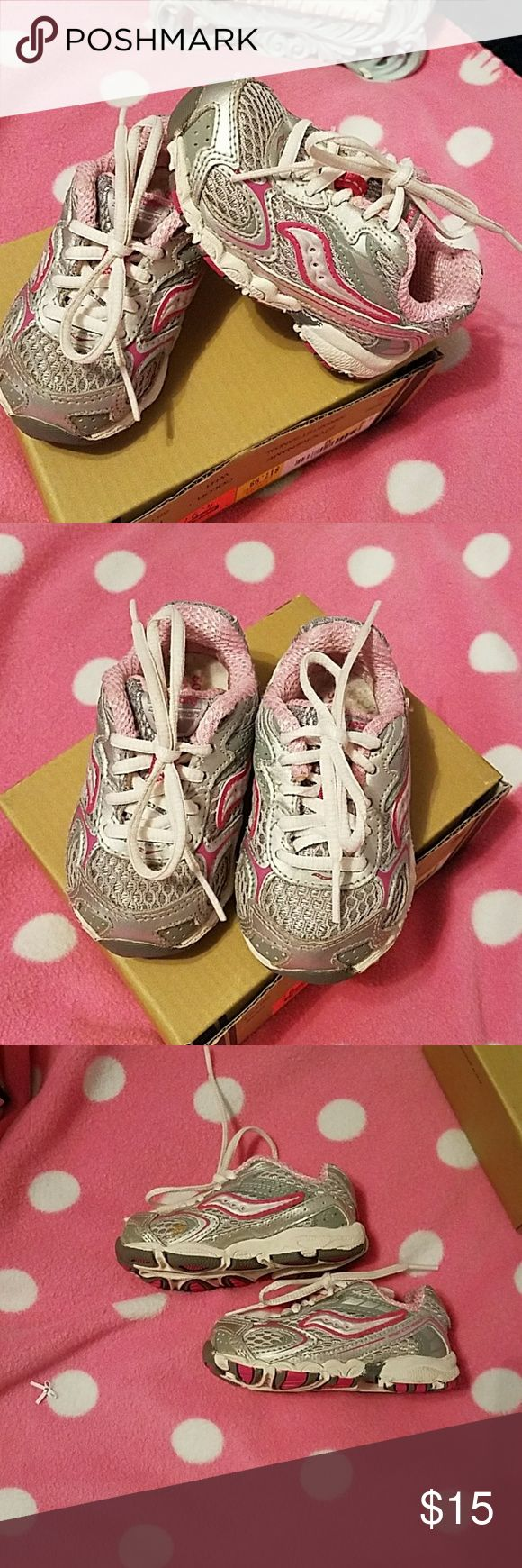 Saucony Baby tennis shoes So cute.. pink and gray  Great shape Saucony Shoes