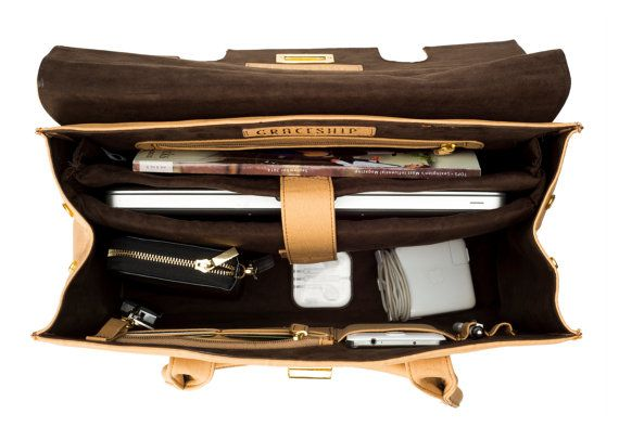 15-inch Womens Laptop Bag GRACESHIP London Tan by GRACESHIP