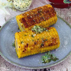 Maiskolben mit Kräuter-Knoblauch-Butter