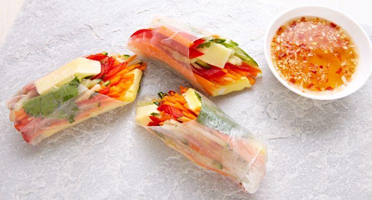 Veggie-Cheddar Spring Rolls http://gustotv.com/recipes/snacks/veggie-cheddar-spring-rolls/