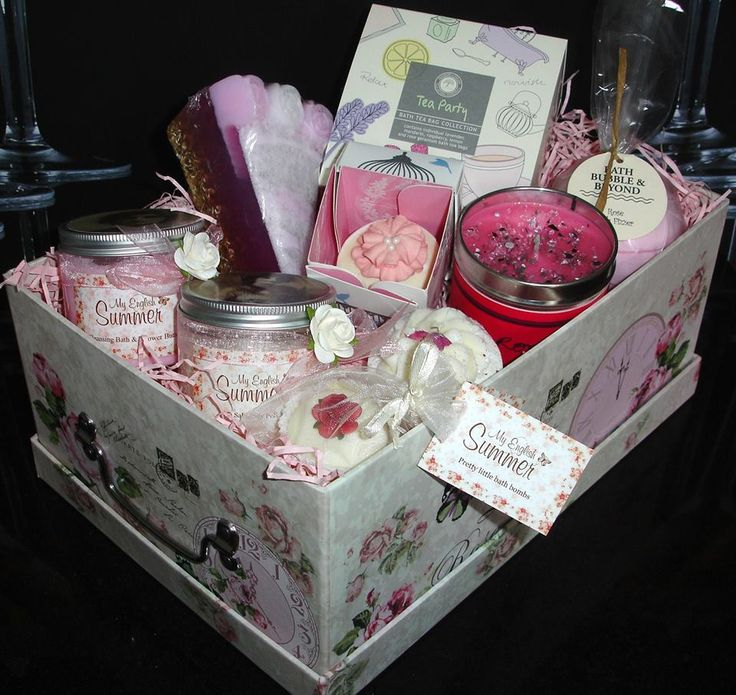"STUNNING VINTAGE Gift Box will make the PERFECT & SPECIAL Gift for an EXTRA SPECIAL LADY. Created for a ""Mother of The Bride"" Design something special to give your gift the personal touch. How about a Luxury Pamper Hamper? Create your Gift Box from our selection of Bath Bombs, Luxury Soaps, Bath Melts or Bath Fizz. Or maybe, relax and enjoy one or more of our sparkling Scented Candles with long lasting fragrances. Complete the experience with Beautiful Body Butter, Body Lotion or Hand Cream"