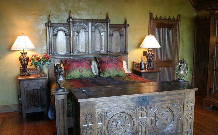 Gothic Furniture | Gothic furniture. Gothic bedroom. Gothic bed