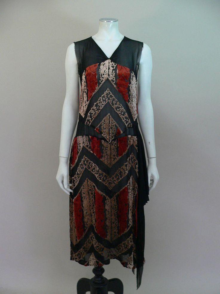 Exceptional original 1920s devore velvet flapper dress - UK 8