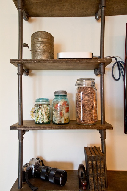 DIY copper pipe wall unit – detail
