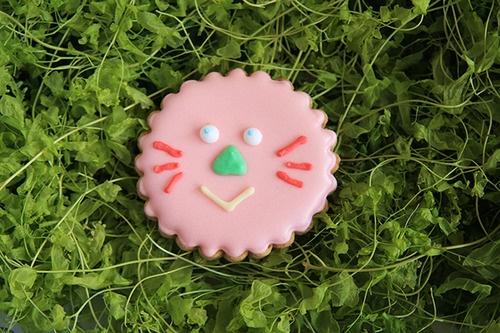 かお | PATISSERIE TAIYONOTOU(パティスリー 太陽ノ塔)通販サイト 大阪アイシングクッキー焼き菓子ケーキ