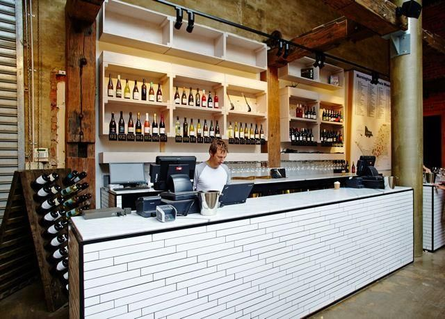 White Tiles In A Bar Pesquisa Google Bar And