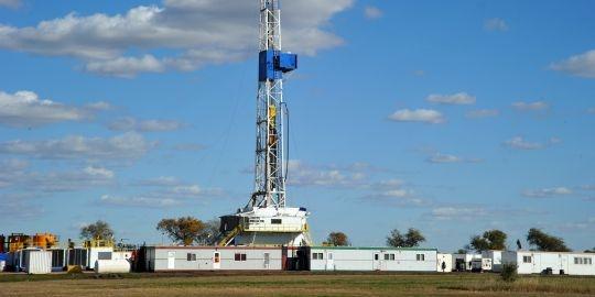 14 Sep 2012: Faut-il avoir peur des gaz de schiste?- Un site d'exploitation de schiste dans le Dakota, aux Etats-Unis.