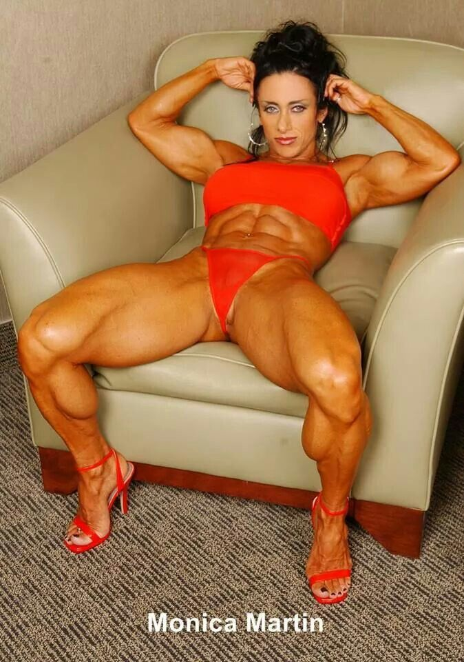 Sexy female bodybuilder порно