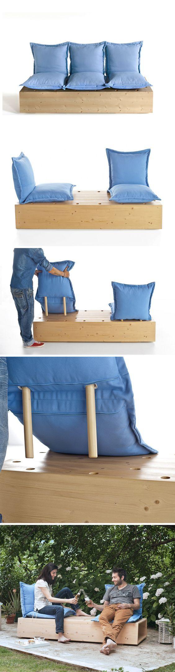 Poderia virar cama e sofá de sala. Fácil de fazer. Originalmente (Sectional garden sofa Facile by @formabilio | design Marco Gregori #design #outdoor #sofa):