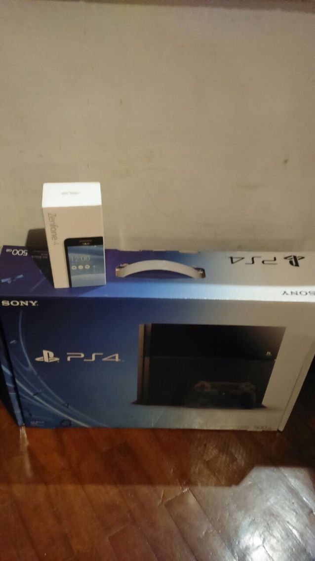 PS4 and Asus Zenfone